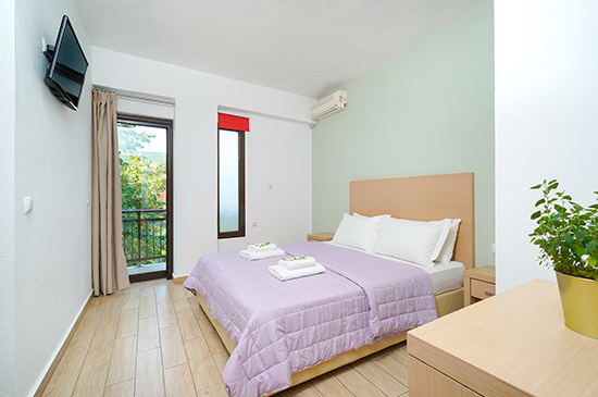 https://www.hotel-esperia.gr/images/galleries/accommodations/rooms/6.jpg