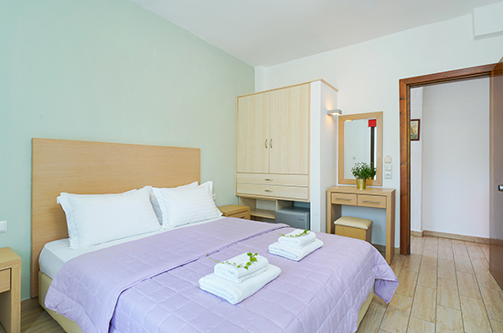 https://www.hotel-esperia.gr/images/galleries/accommodations/rooms/8.jpg