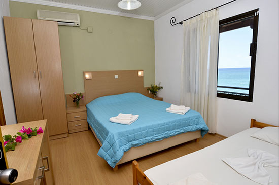 https://www.hotel-esperia.gr/images/galleries/accommodations/rooms/9.jpg
