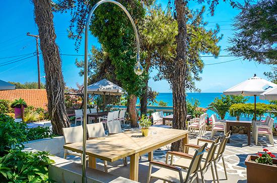 https://www.hotel-esperia.gr/images/galleries/facilities/garden/3.jpg