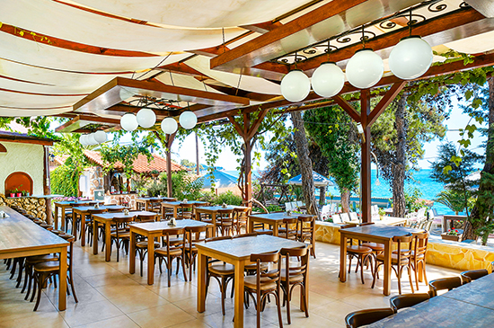 https://www.hotel-esperia.gr/images/galleries/facilities/restaurant/2.jpg